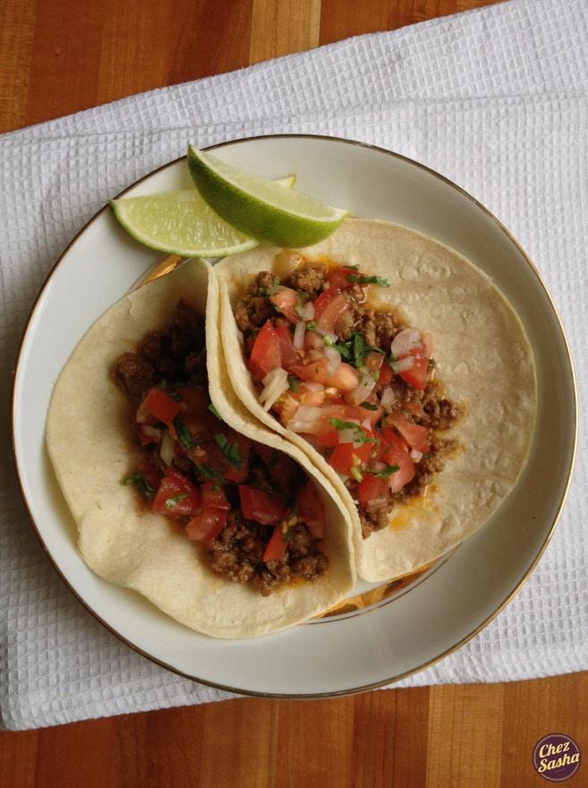 Curry beef tacos w/ pico de gallo