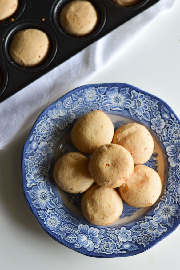 Pao-de-queijo-recipe (3)