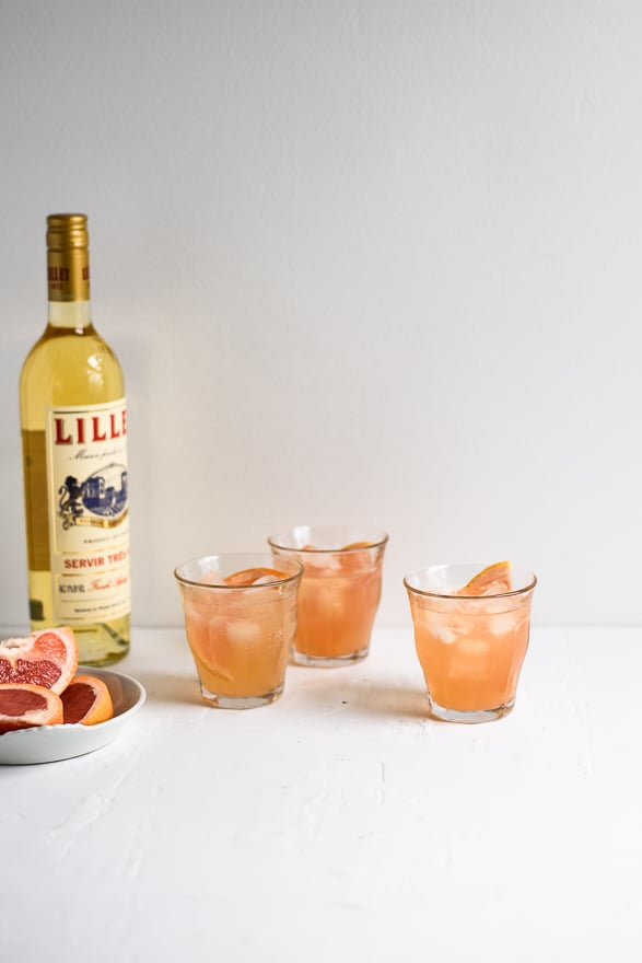 Lillet-Grapefruit Spritzer | Pitcher Cocktails | #cocktails