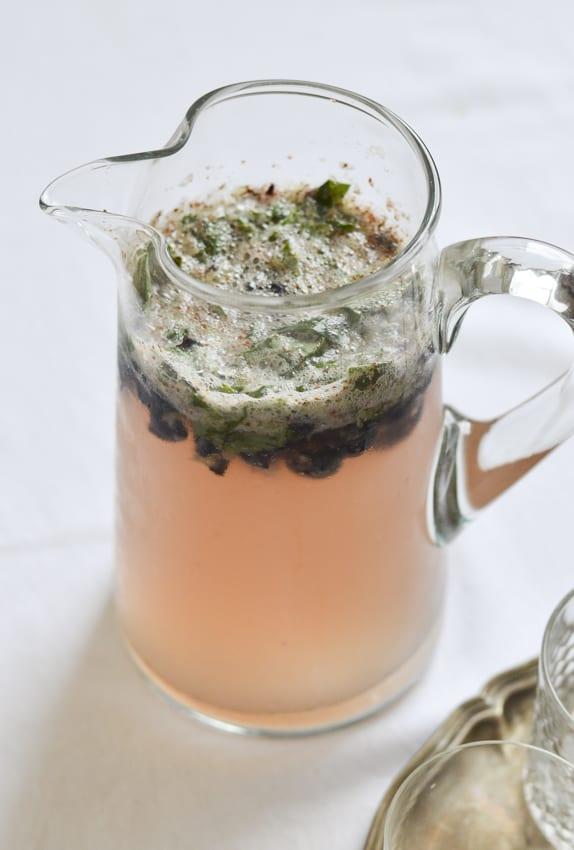 blueberry-basil-lemonade-4