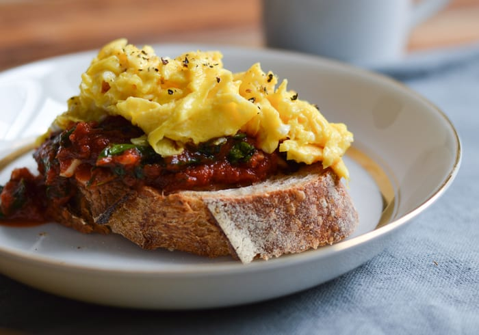 Thoughts on Cooking for One + Kale-Tomato Sauce on Toast with Soft-Scrambled Eggs