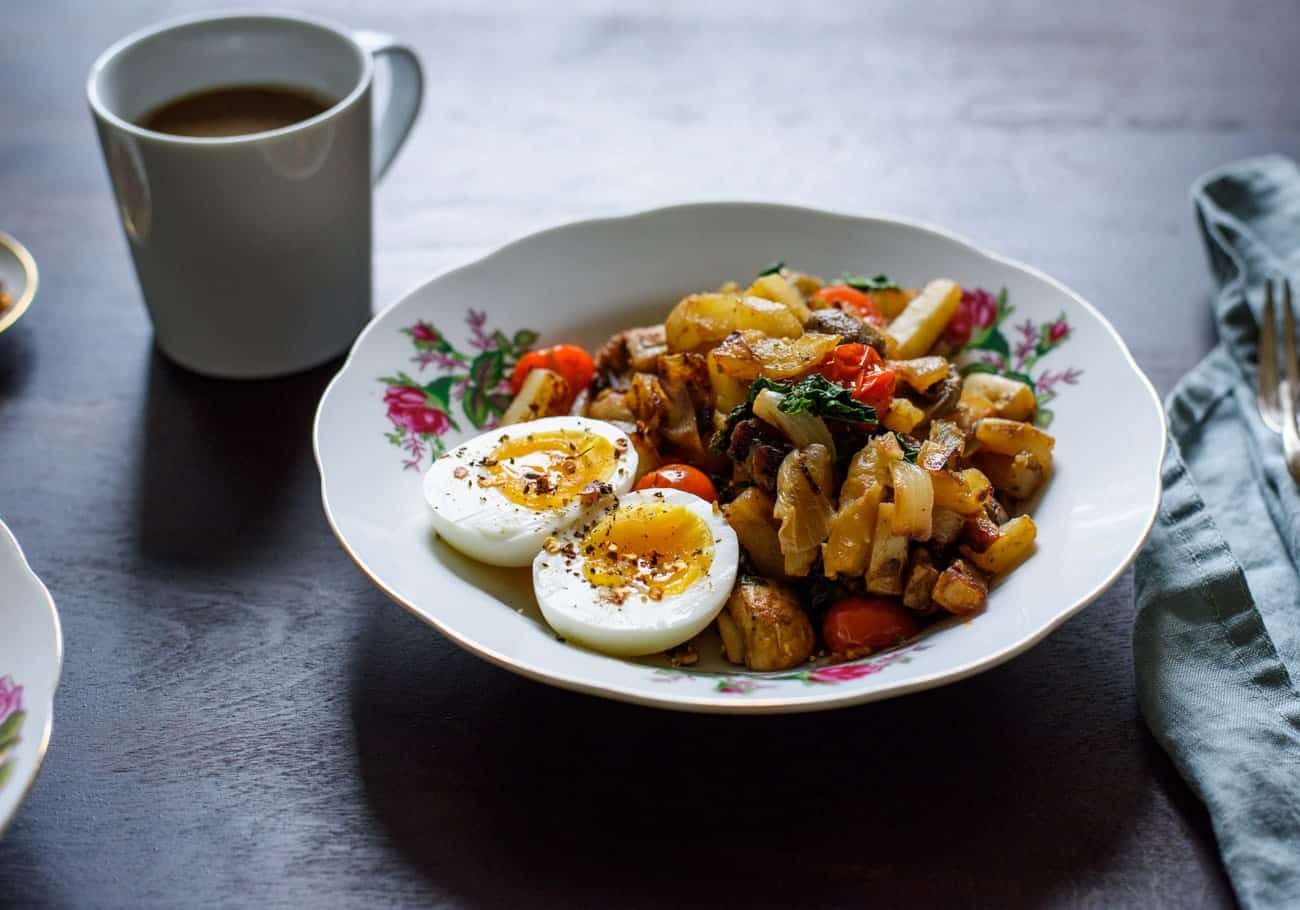 Breakfast Potato Hash with 7-Minute Eggs | The New Baguette