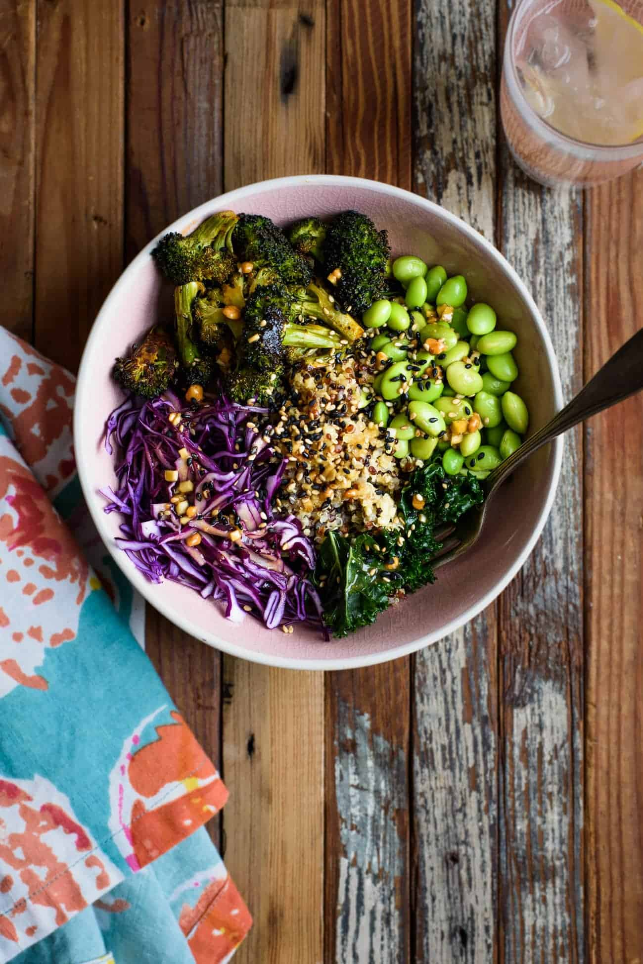 Vegan Asian-Style Grain Bowl with Quinoa, Broccoli and Sesame Ginger Sauce