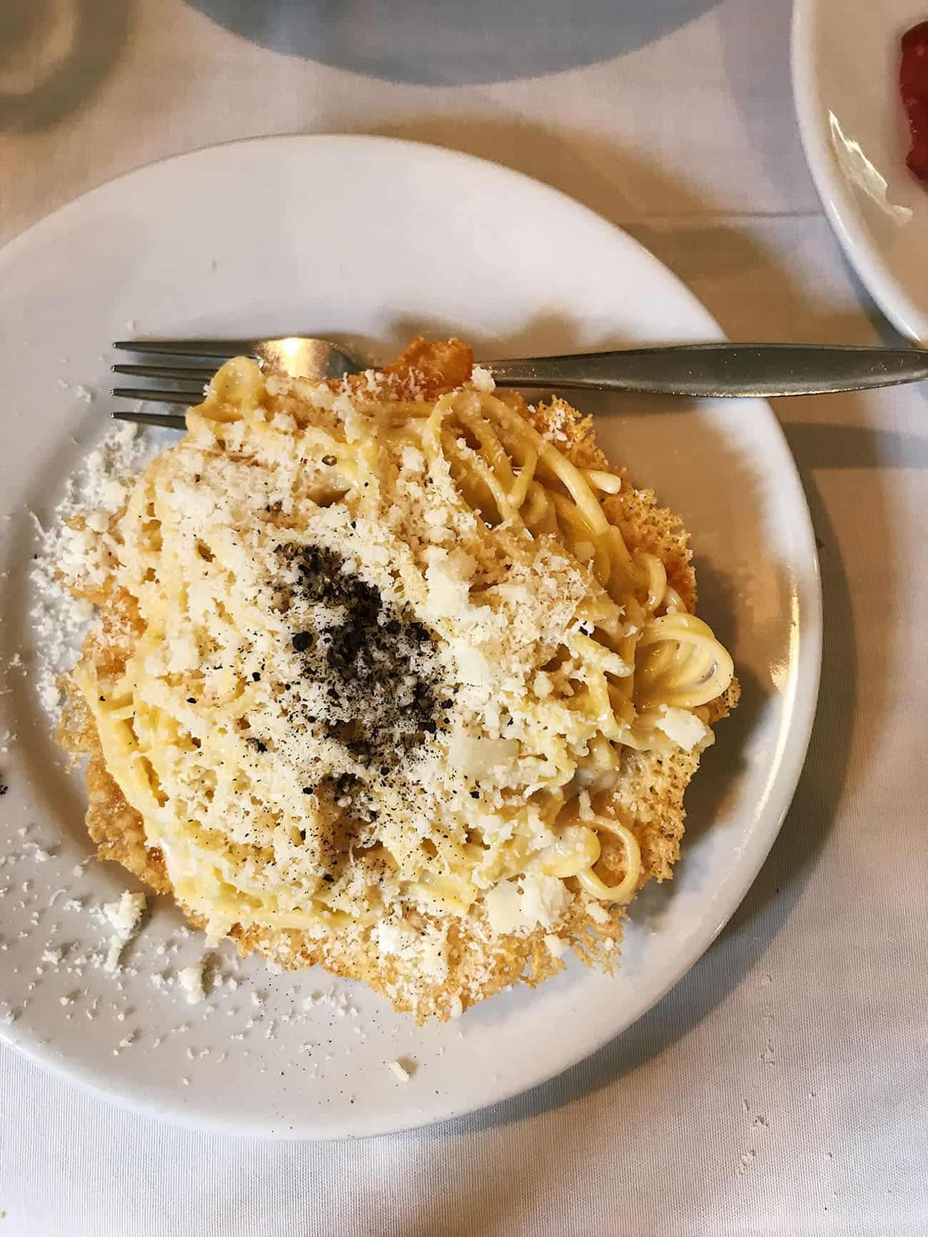 What to Eat in Rome: Recommendations for Pizza, Pasta & Gelato | Cacio e pepe at Roma Sparita