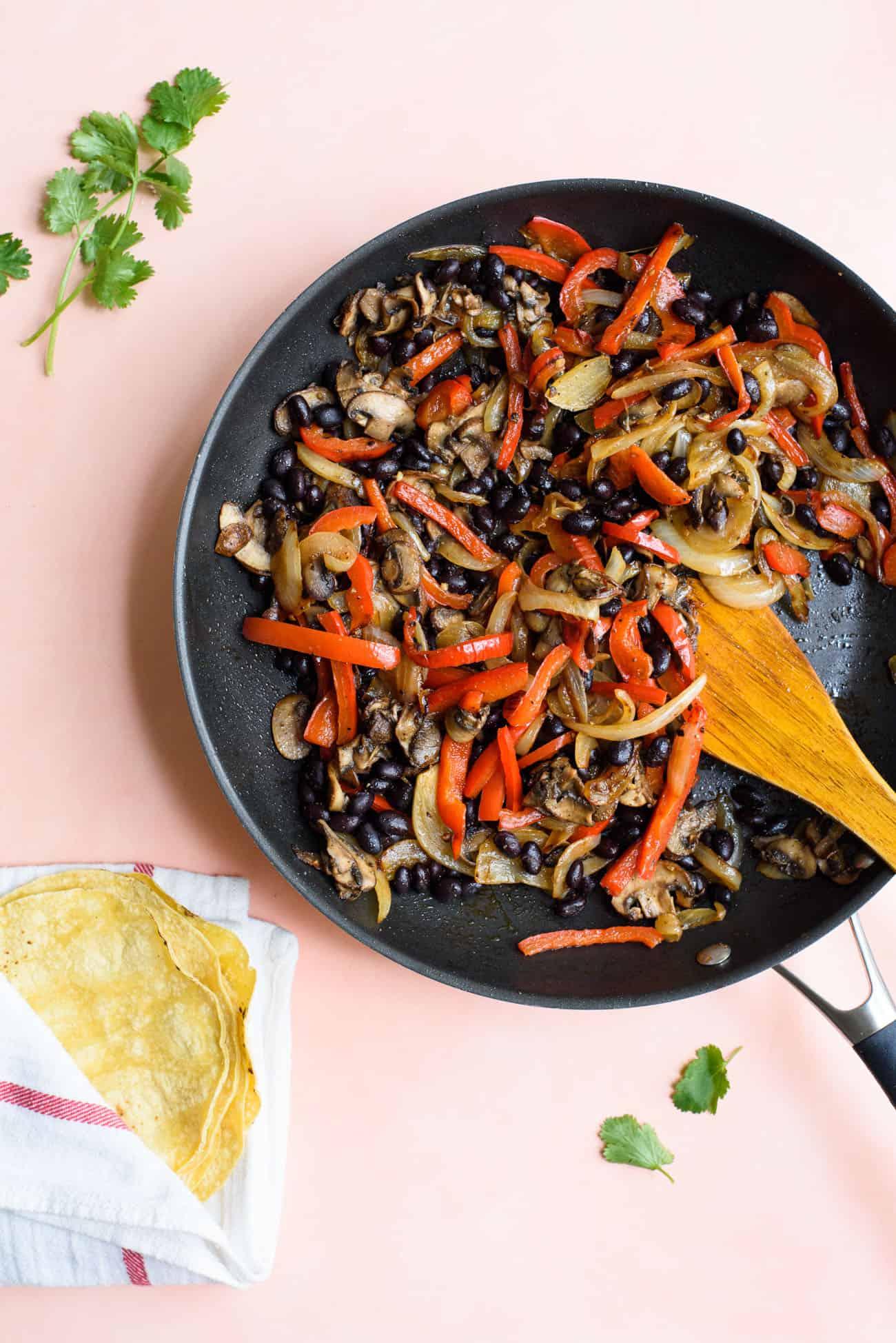 Fajita veggie filling for easy vegan tacos