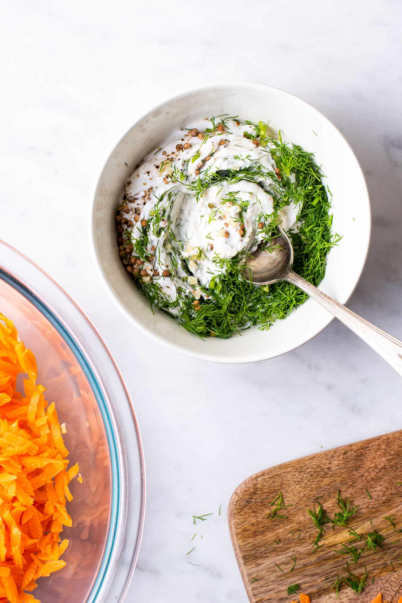 Yogurt dressing with coriander seeds and dill